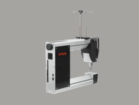 Bernina Q16 Sit-Down Longarm Quilting Machine